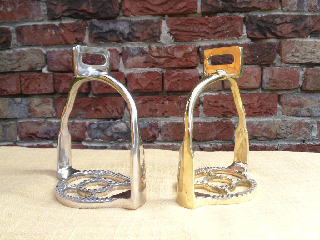 Barocksteigbügel spanische Steigbügel messing und chrom gerade oder 90° gedreht