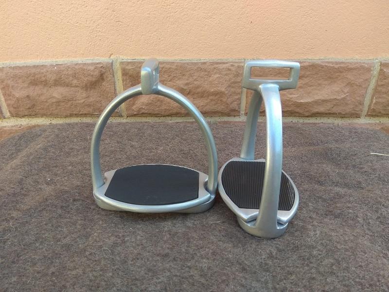 breiter Steigbügel 90° gedreht von Barefoot